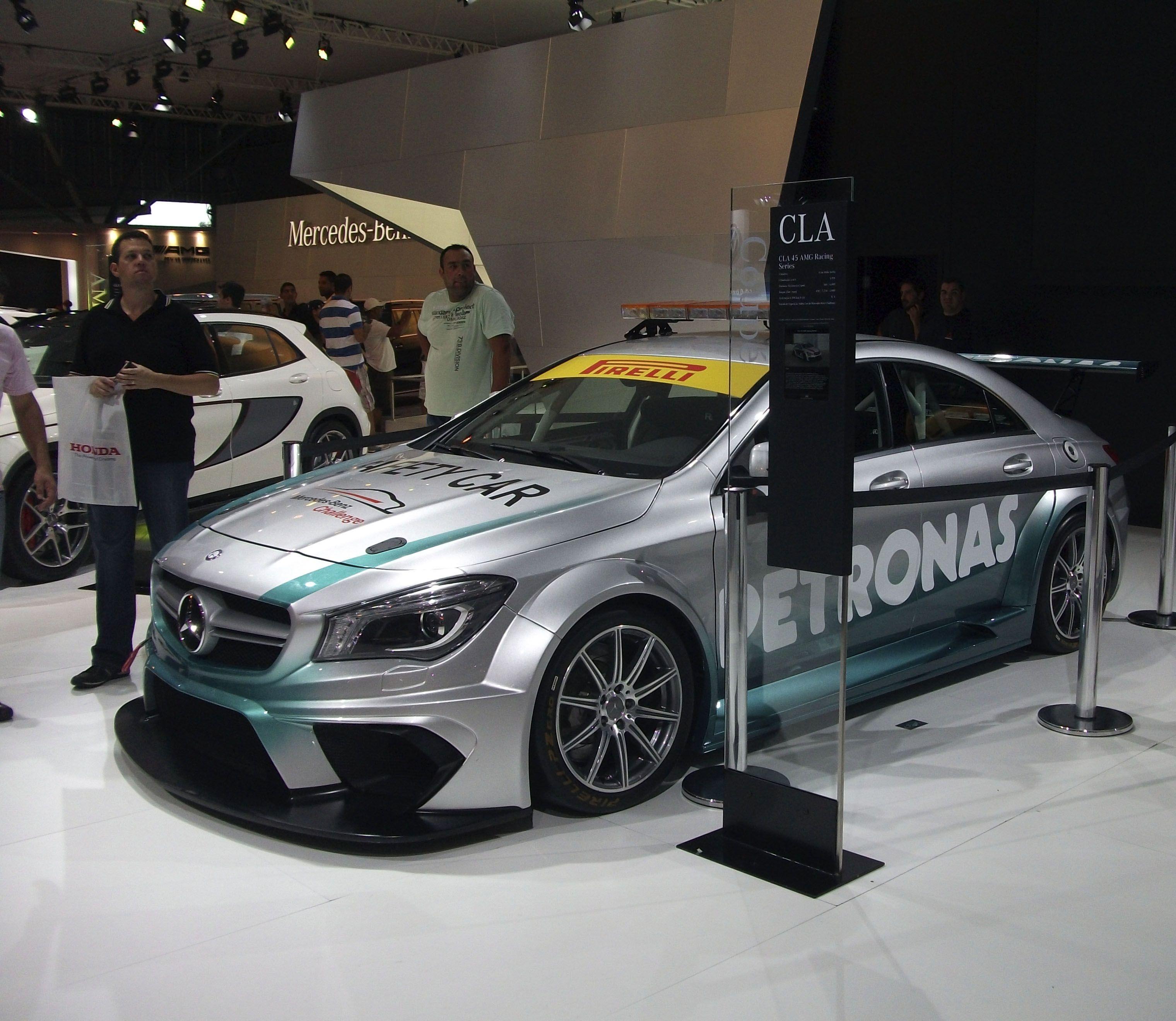 mercedes benz cla 45 amg racing series safety car da. Black Bedroom Furniture Sets. Home Design Ideas