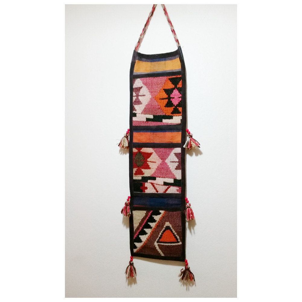 Country home wall decor - Kilim Wall Hanging Storage With 3 Pockets Country Home Decor Beach Home Decor Wall Storage Decor Ottoman Home Decor Wall Decor Organizer