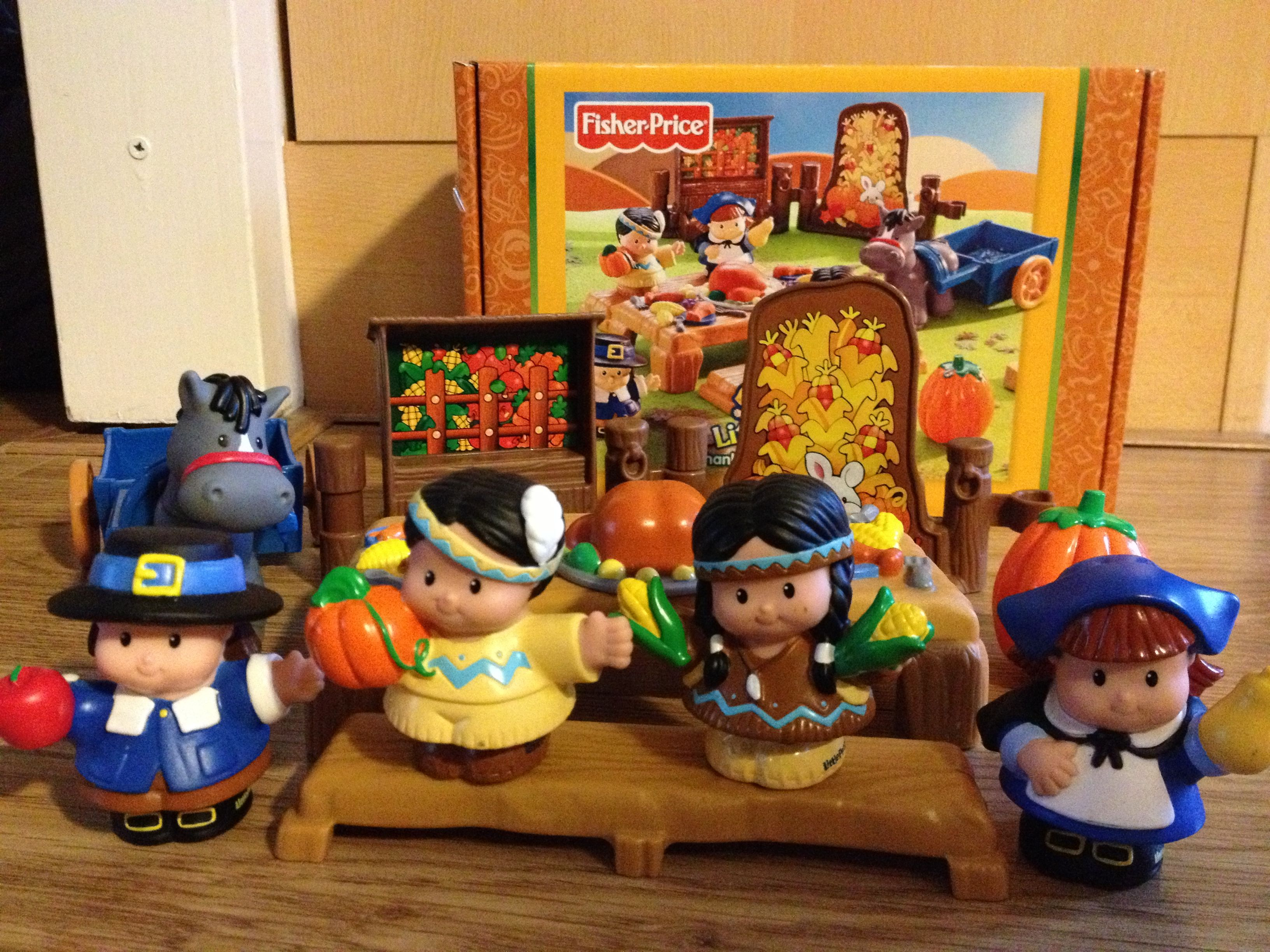 Fisher Price Little People set Thanksgiving Celebration USA. Deel ...