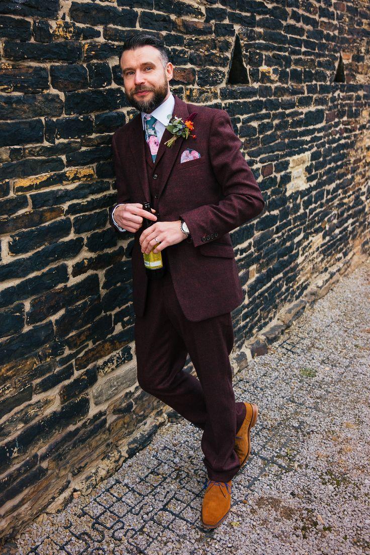 Burgundy tweed wedding suit Autumn wedding