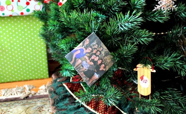 Make an Easy Ornament from Your Instagram Photos