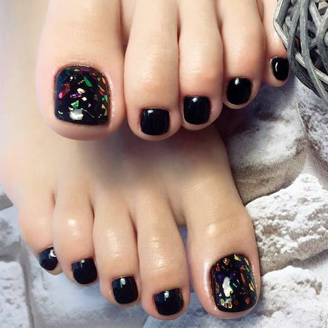 30 incredible toe nail designs for your perfect feet black toe 21 chic toe nail designs to complete your image chic and stylish black toe nail prinsesfo Gallery