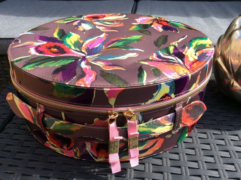 TED BAKER LADIES BEAUTIFUL FLORAL LARGE CARRY CASE VANITY