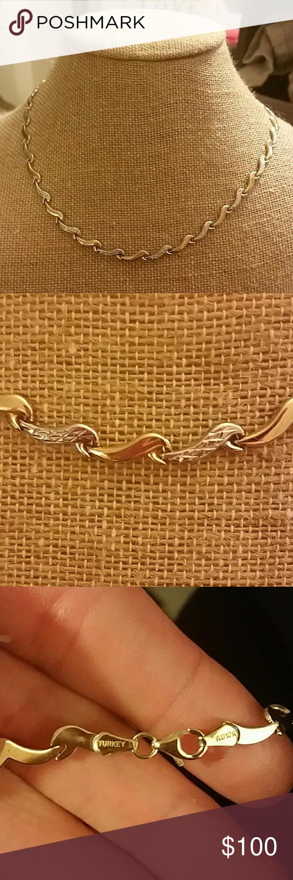 10k Gold 17 Leaf Design Necklace Leaf Design 10k Gold Gold