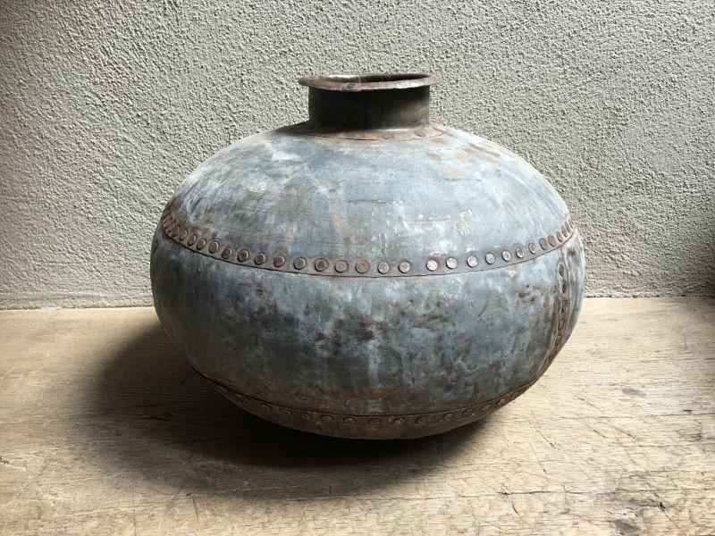 Oude metalen zinken zink pot bak kruik waterkruik bottle fles oud landelijk stoer - Zink oude keramiek ...