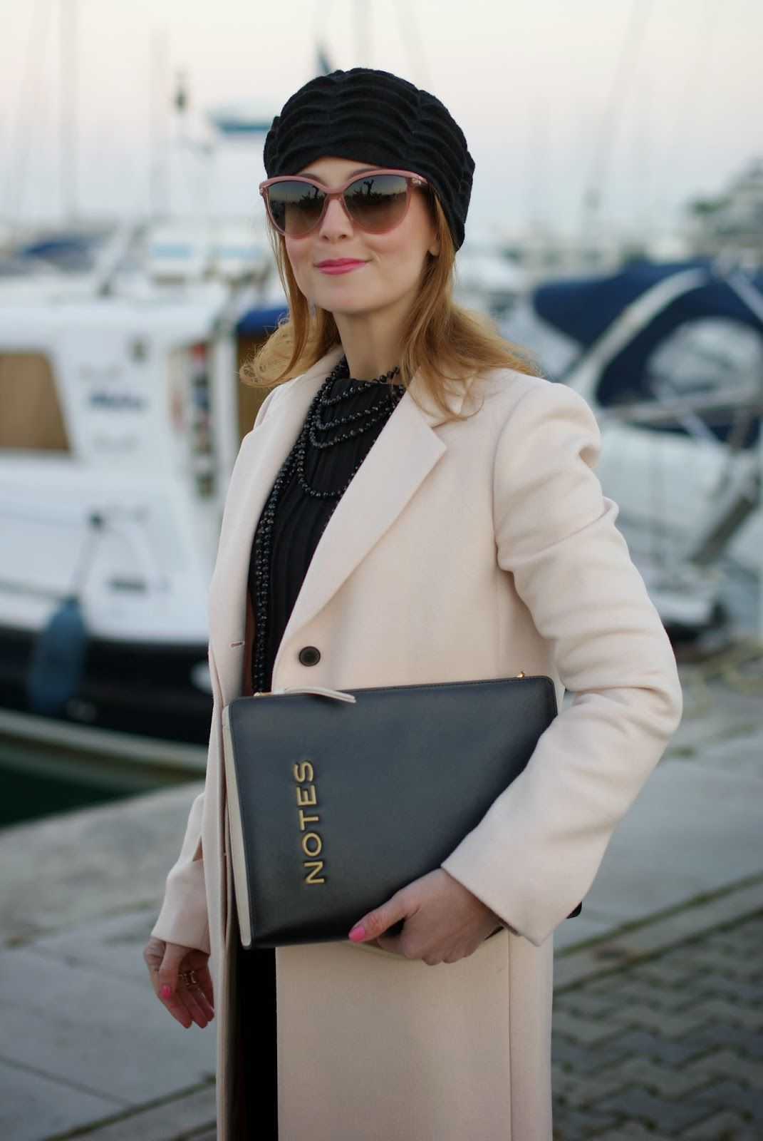 pink coat, cappotto rosa zara, stella mccartney pink sunglasses, moschino notes bag, fashion and cookies, fashion blogger