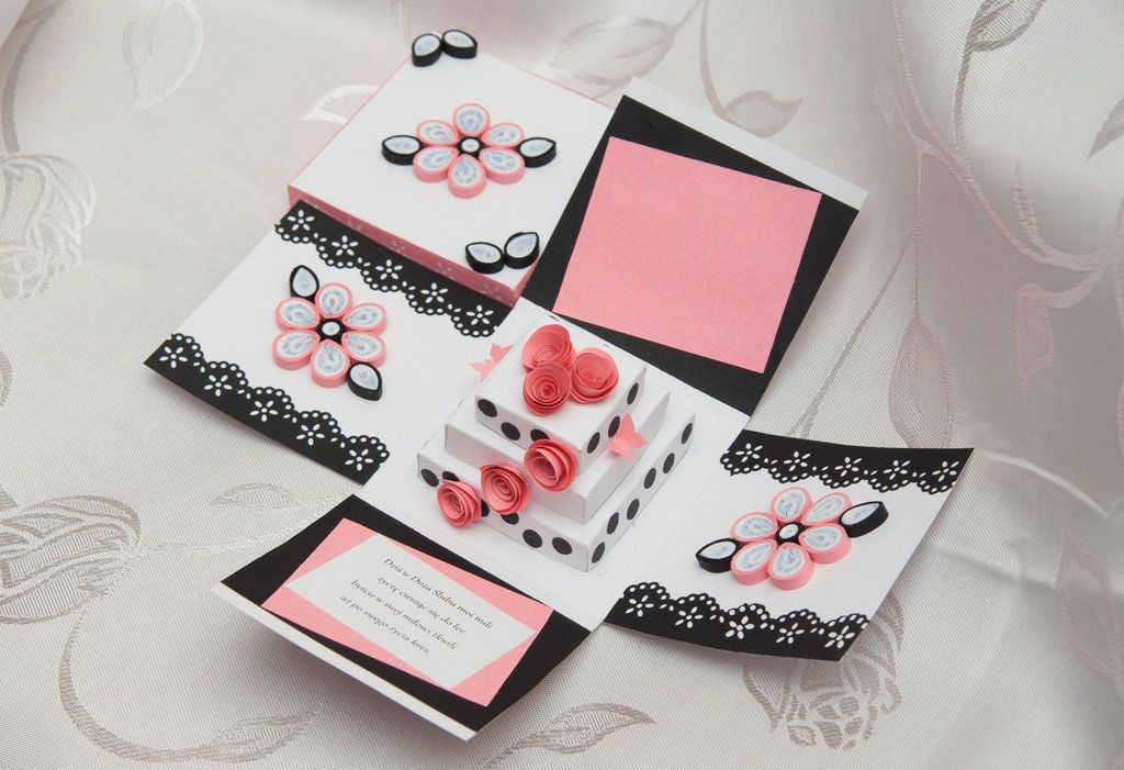 Wedding exploding box quilling by