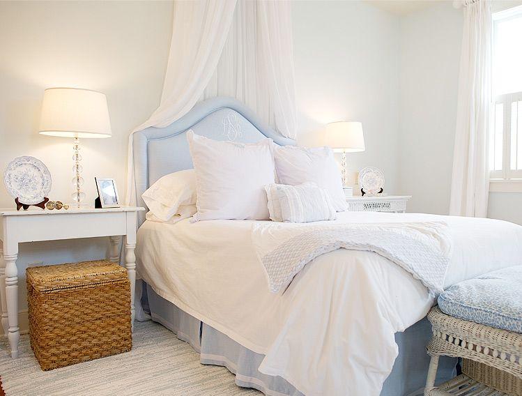 Best Light Blue White Blue Bedroom Home Bedroom Guest 400 x 300
