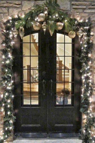 31 Creative DIY Outdoor Christmas Decoration Ideas