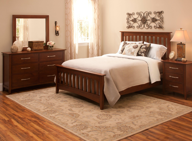 Everitt Queen Bedroom Set in Dark Alder Elegant and