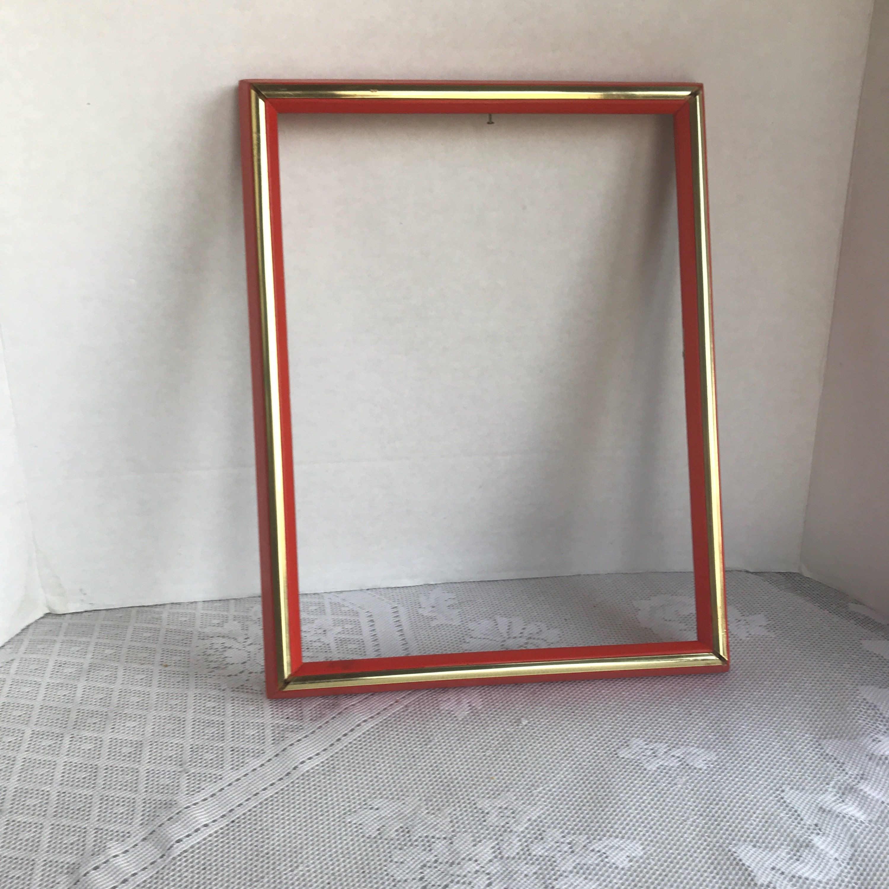 Vintage 9 X 12 Inch Wood Picture Frame Red And Gold Wooden Frame Made In Mexico By Vintagepoetic On Etsy Wood Picture Frames Picture Frames Wooden Picture Frames