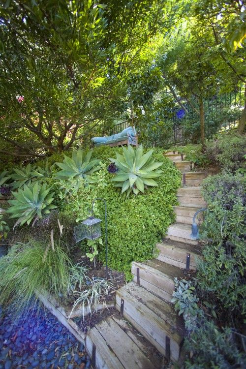 Eclectic Patio Design Ideas Pictures Remodel And Decor Fall Landscaping Front Yard Backyard Landscaping Designs Front Yard Landscaping Pictures