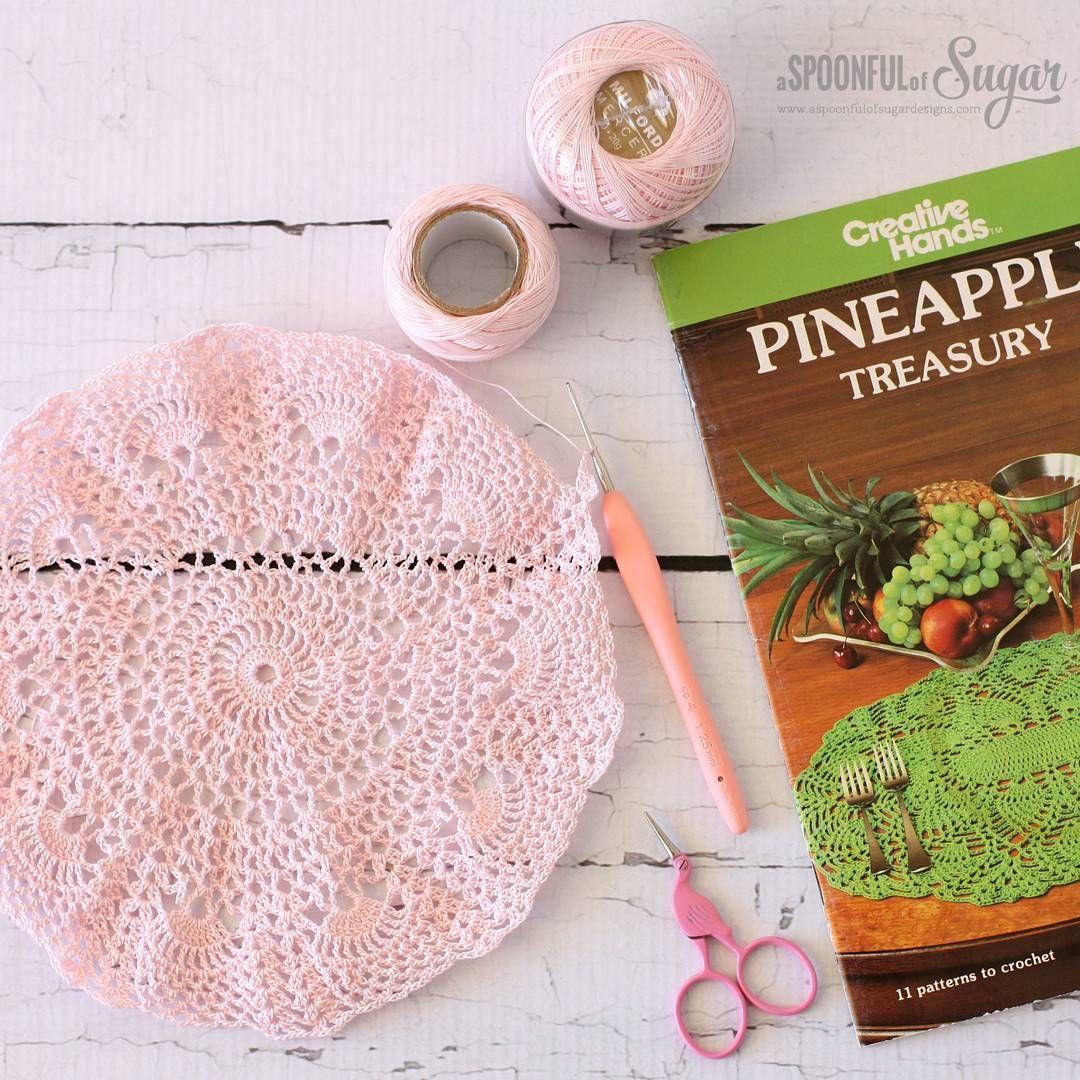 Pink pineapple doily @ aspoonfulsugar • size 20 crochet thread, 1.25 ...