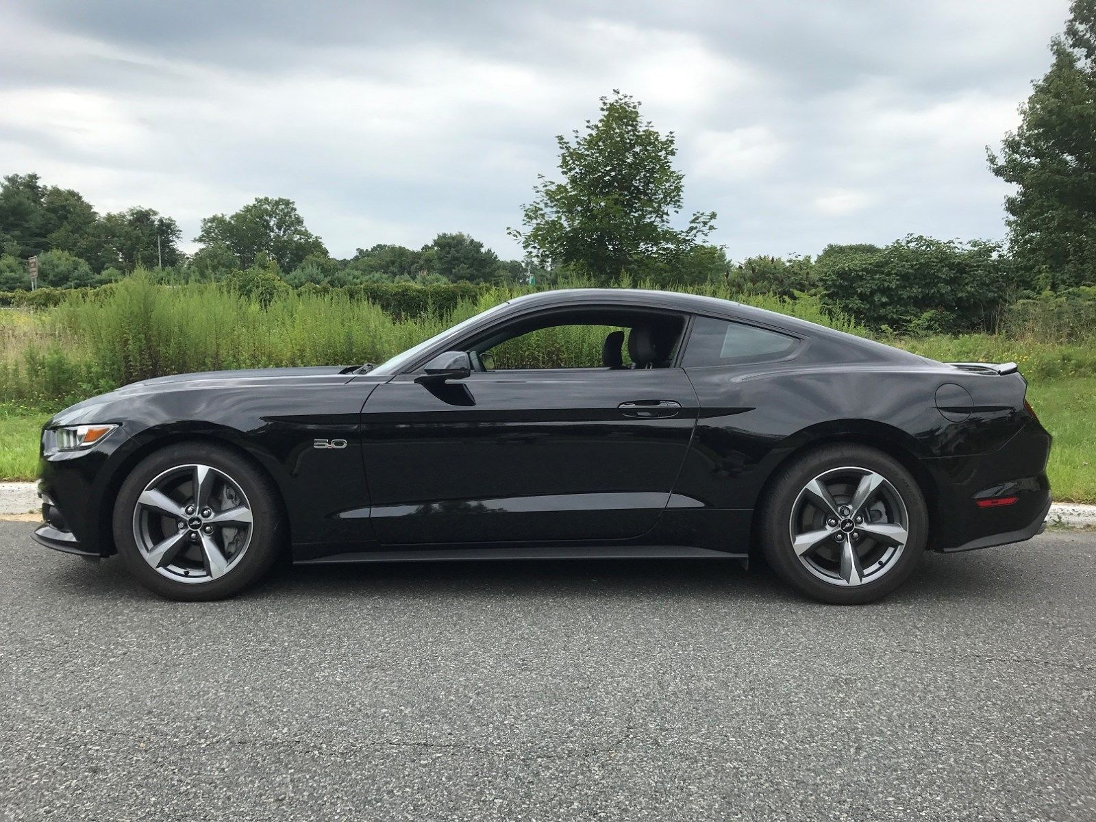 Cool Awesome Ford Mustang GT Premium Ford Mustang GT - Cool looking cars for sale