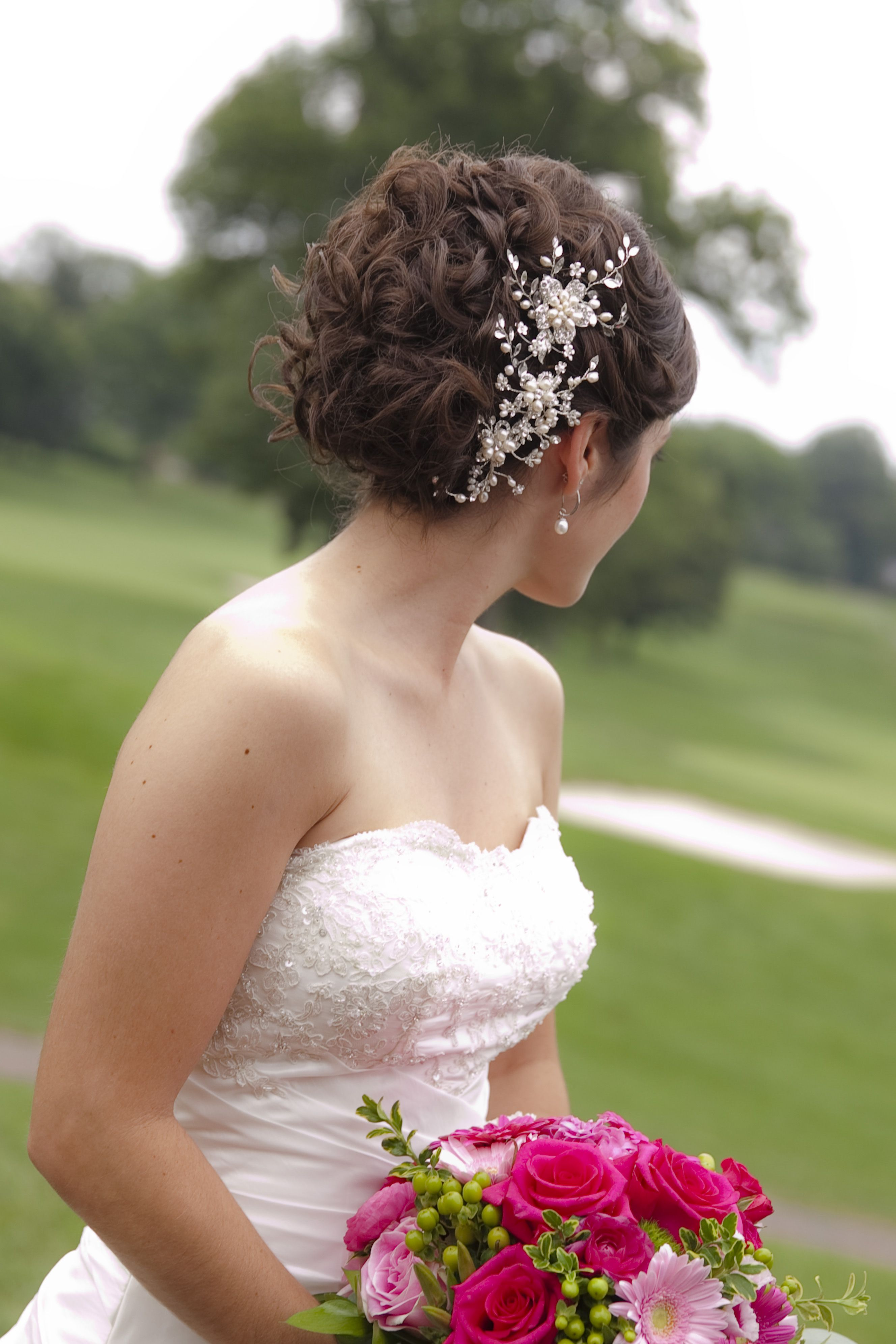 Wedding Up Do No Veil Bride Wedding Hairpiece Up Do By Rosa Luxe Salon Spa Lancaster Pa Photo By Ruthie Wedding Hair Pieces Wedding Up Do Hair Pieces [ 3983 x 2656 Pixel ]