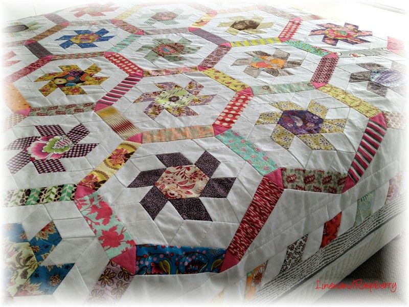 Linen And Raspberry Jeans Whirligig Quilt Top From A Brigitte