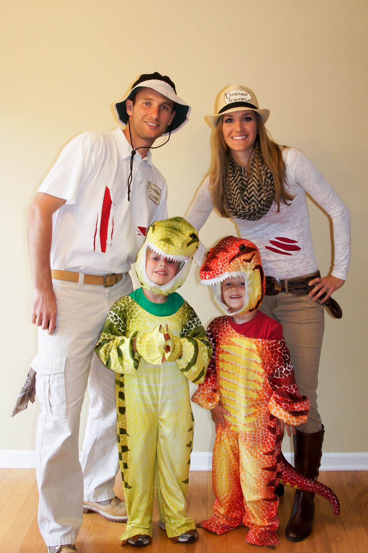 20+ DIY Halloween Costumes Family halloween costumes