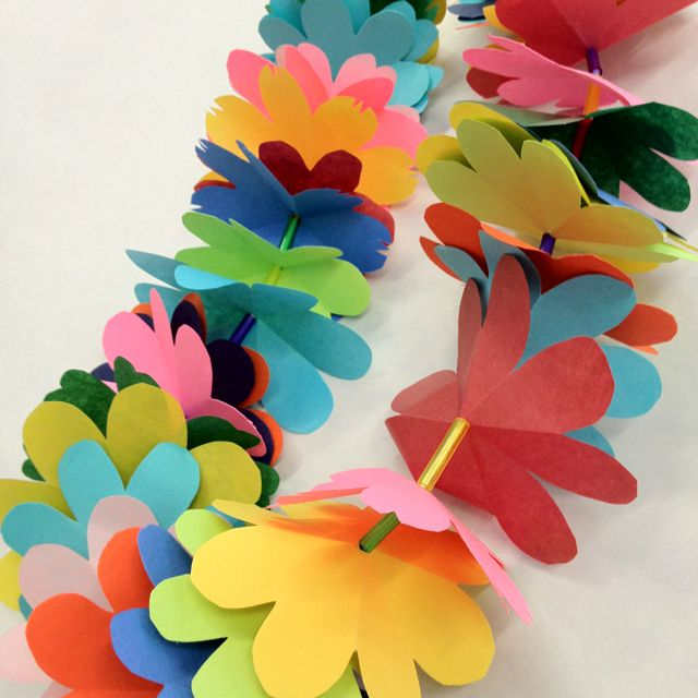 Paper flower lays gardening flower and vegetables diy paper flower leis graduation lei ideas pinterest leis mightylinksfo