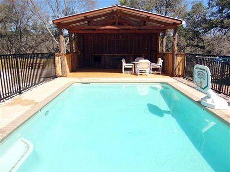 Frio River Vacation Rentals - Rental Homes in Concan Texas
