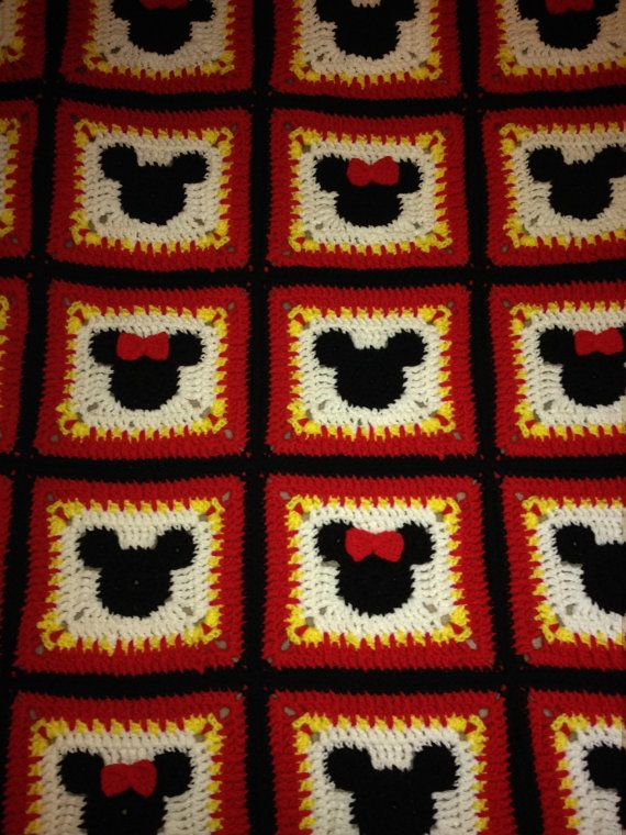 Pattern Minnie Mouse Blanket. Great for a Shower or Baby Gift. Can ...