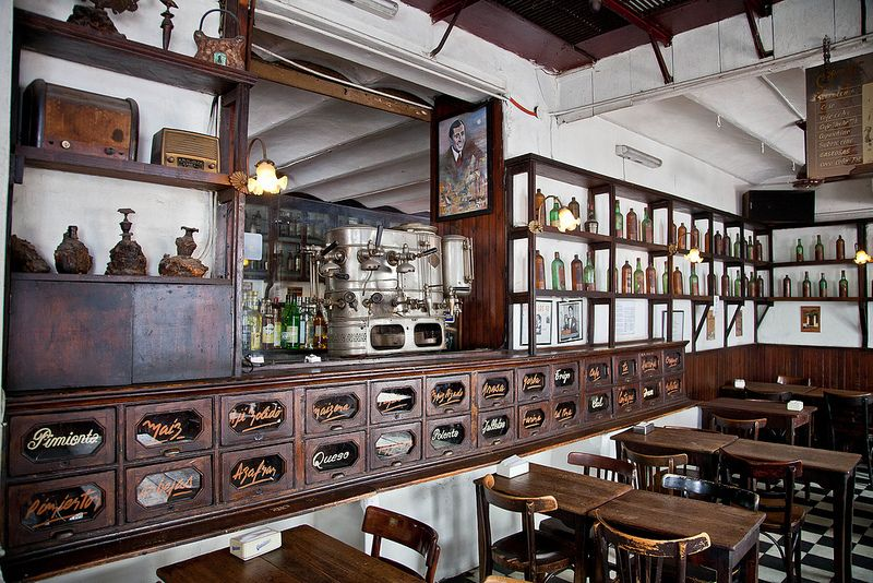 Argentine, Buenos Aires, quartier de San Telmo, café Dorrego | por jpazam