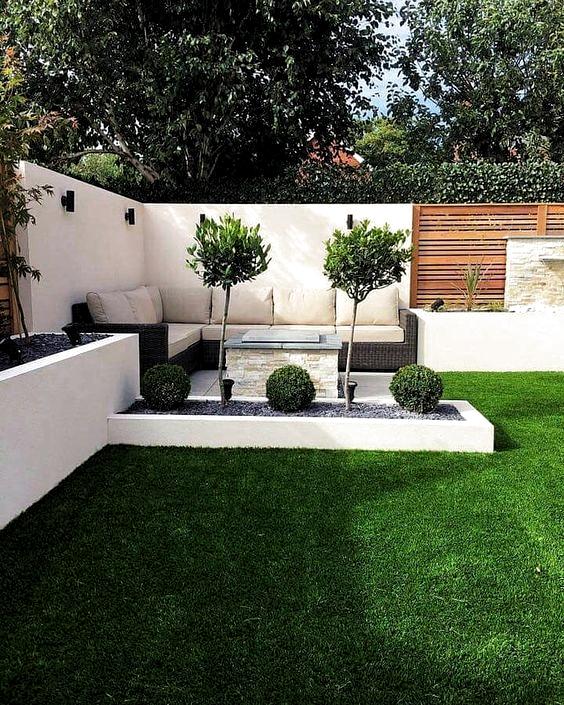 25 Kleine Gartengestaltung Ideen Garten Ideen Kleine Skalenbau Pro Management Small Backyard Landscaping Diy Backyard Landscaping Small Garden Design