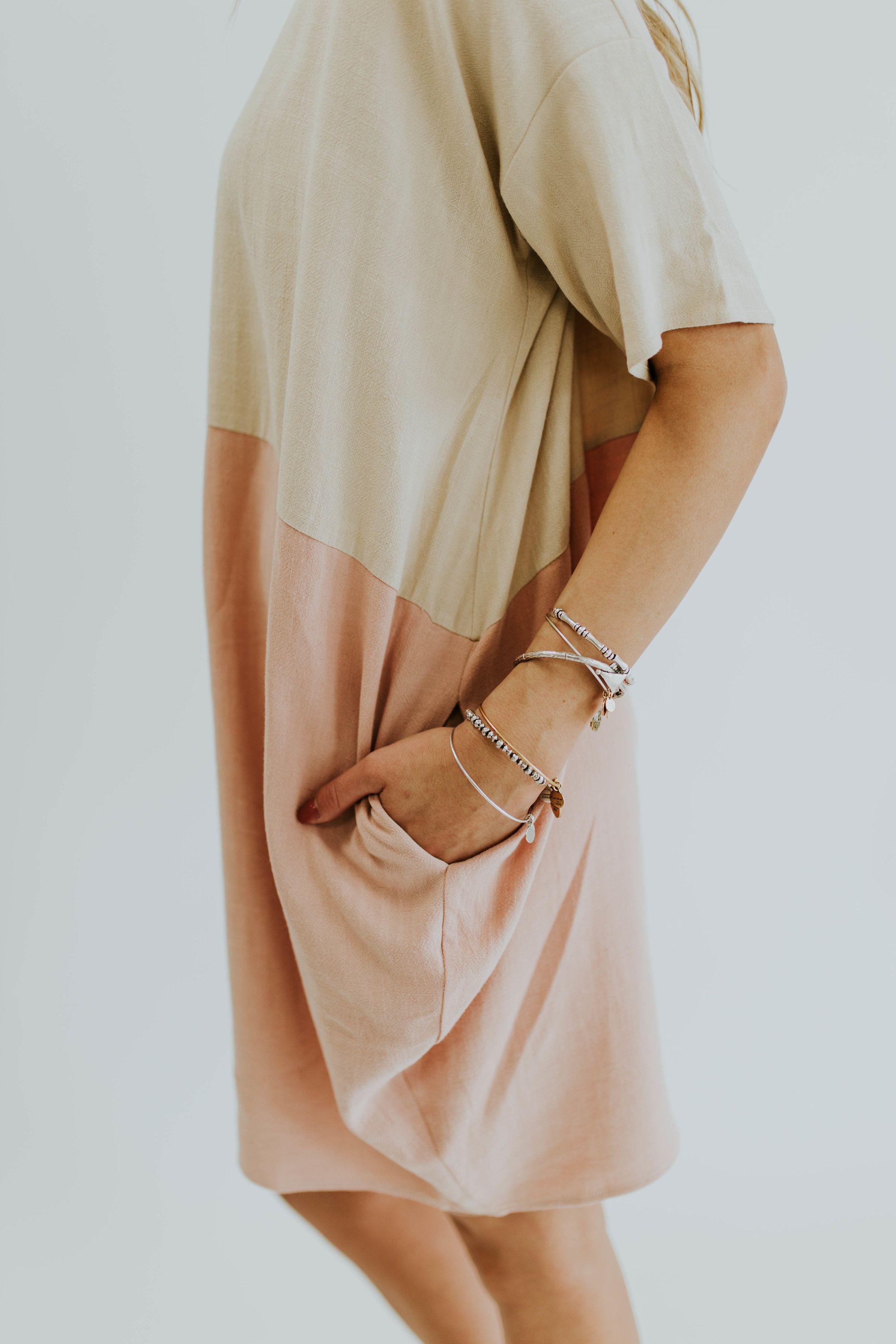 oversized color blocked blush dress  61ff838e8