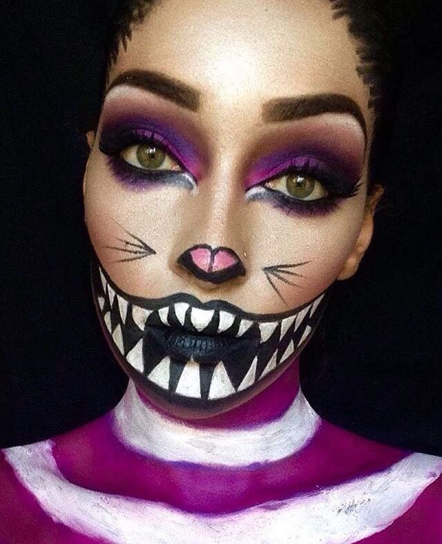 VAMPFANGSCOM Cheshire Cat look, with amazing full painted smile - best halloween face painting ideas