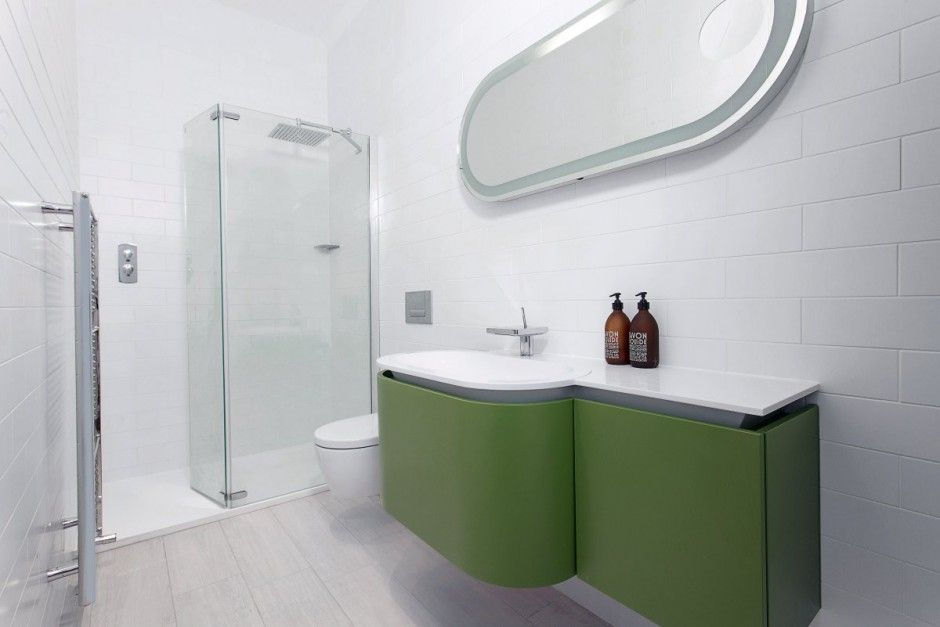 Ar Design Studio Have Completed A Glass Extension On A House In Winchester England Glass House Modern Renovation Bathroom Design