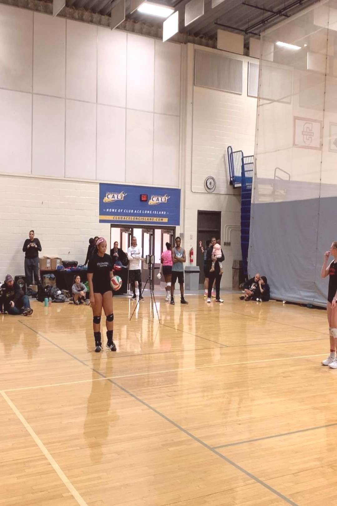 Volleyballsetter Midweek Anyone Should Needs Case Dose This Fun Wer In Of Do A In Case Anyone Needs In 2020 Volleyball Setter Volleyball Basketball Court