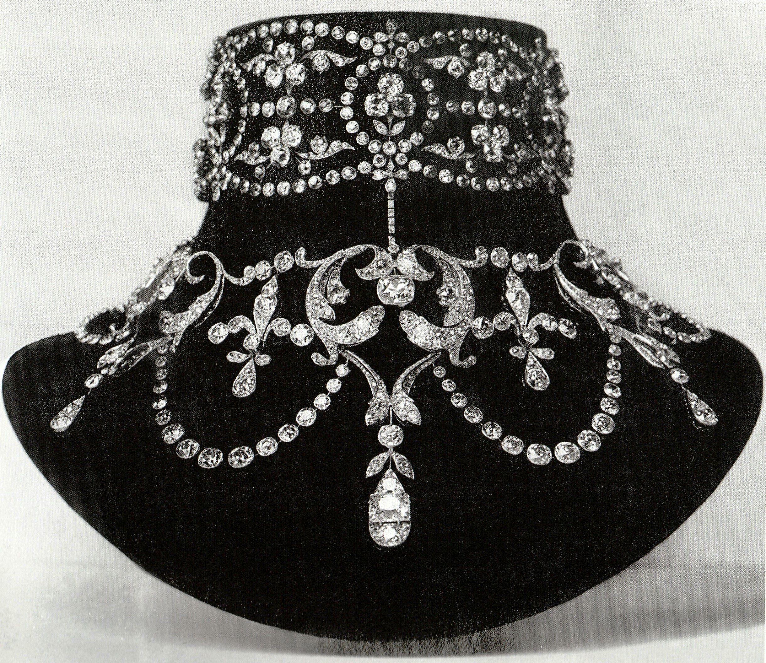 Boucheron a belle epoque diamond necklace circa made for
