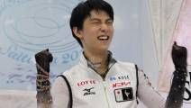 Olympic champion Yuzuru Hanyu wins Worlds. First man in 12 years to win both titles in same year.