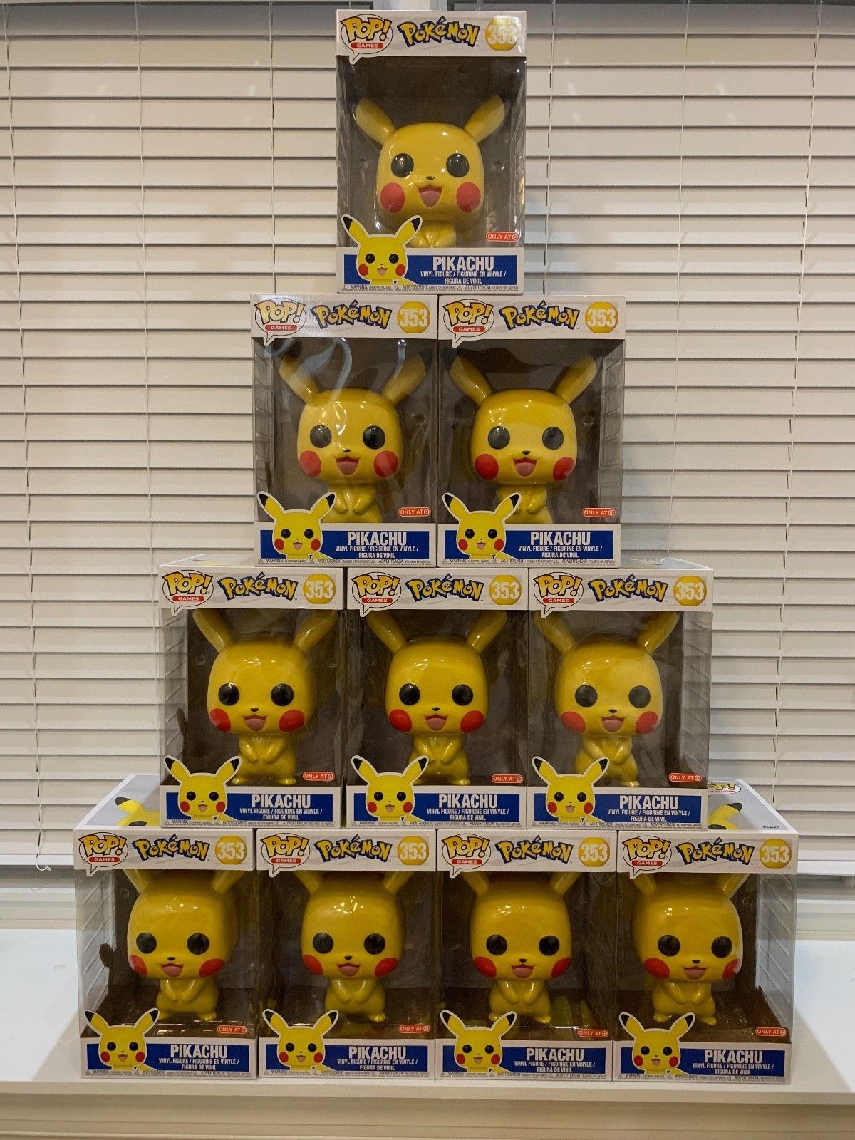 Funko Pop Pokemon Pikachu 10 Inch Target Exclusive Funko Funko Pop Pokemon