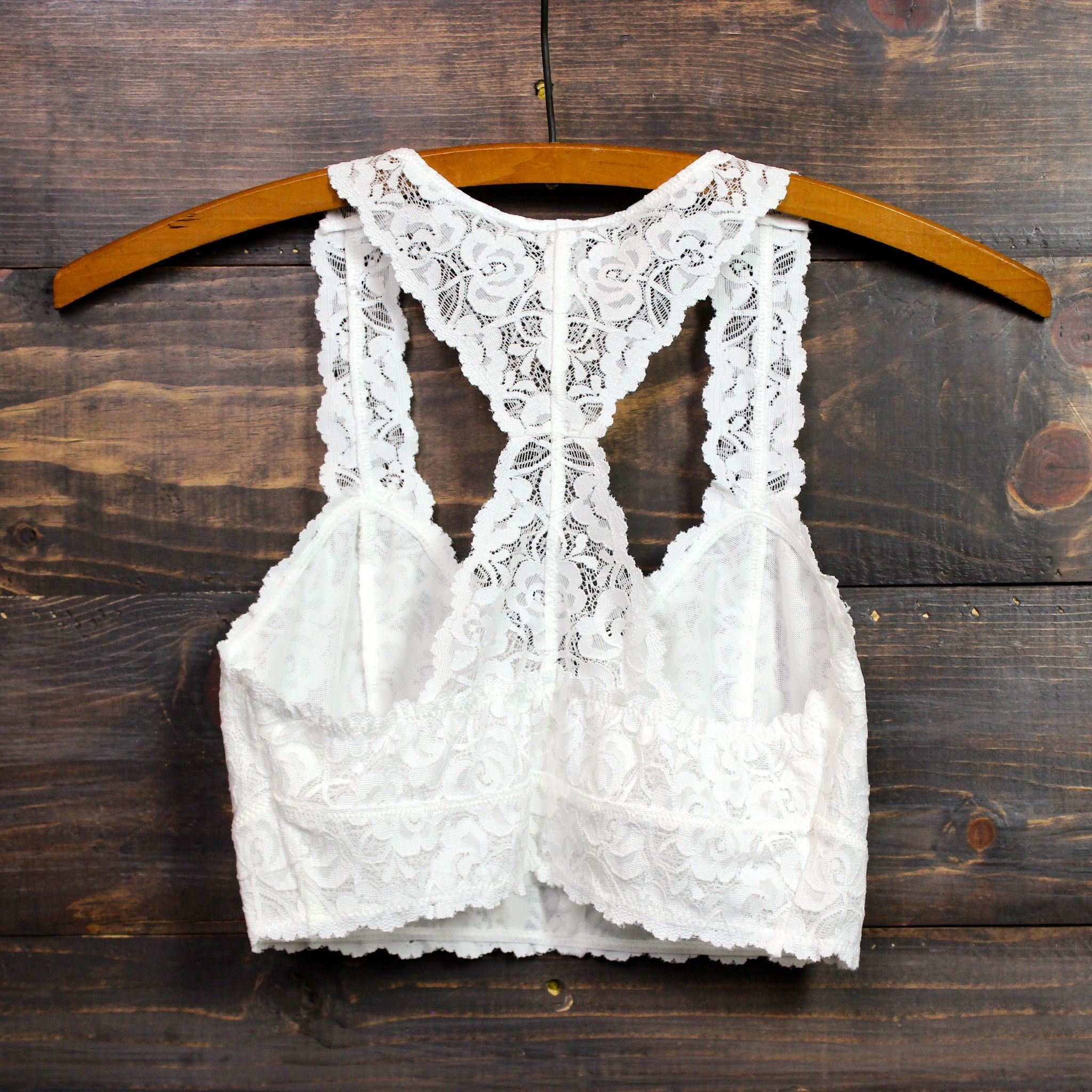 Racer back all over scalloped lace bralette (white and black) | Ropa ...