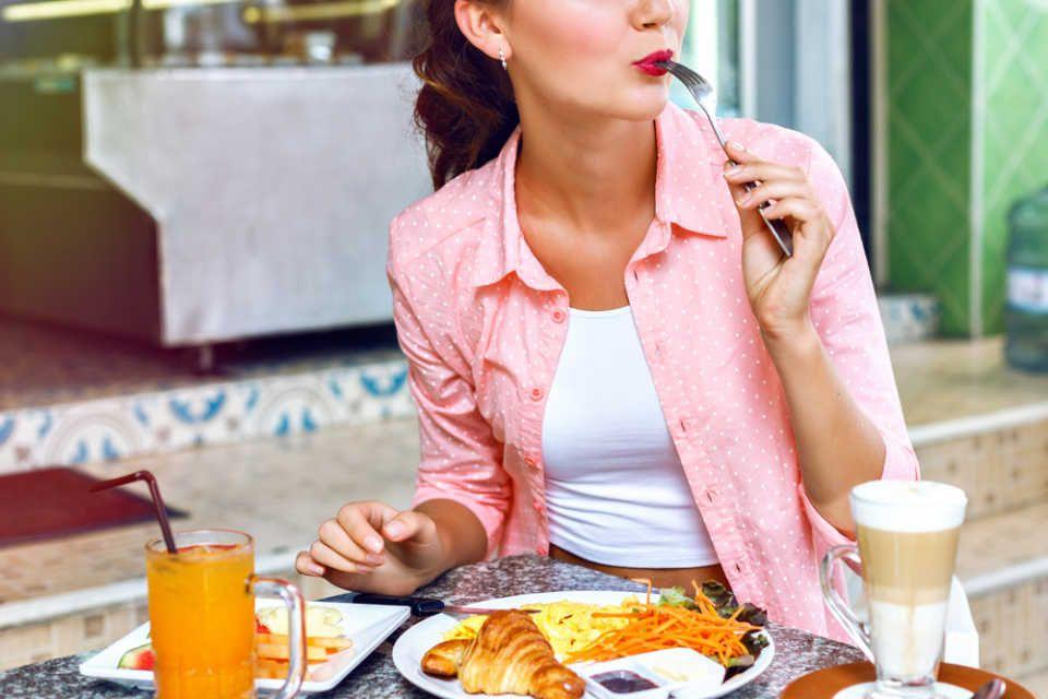 なぜ秋に食欲が増すの食欲の秋は脳内物質に左右されていた