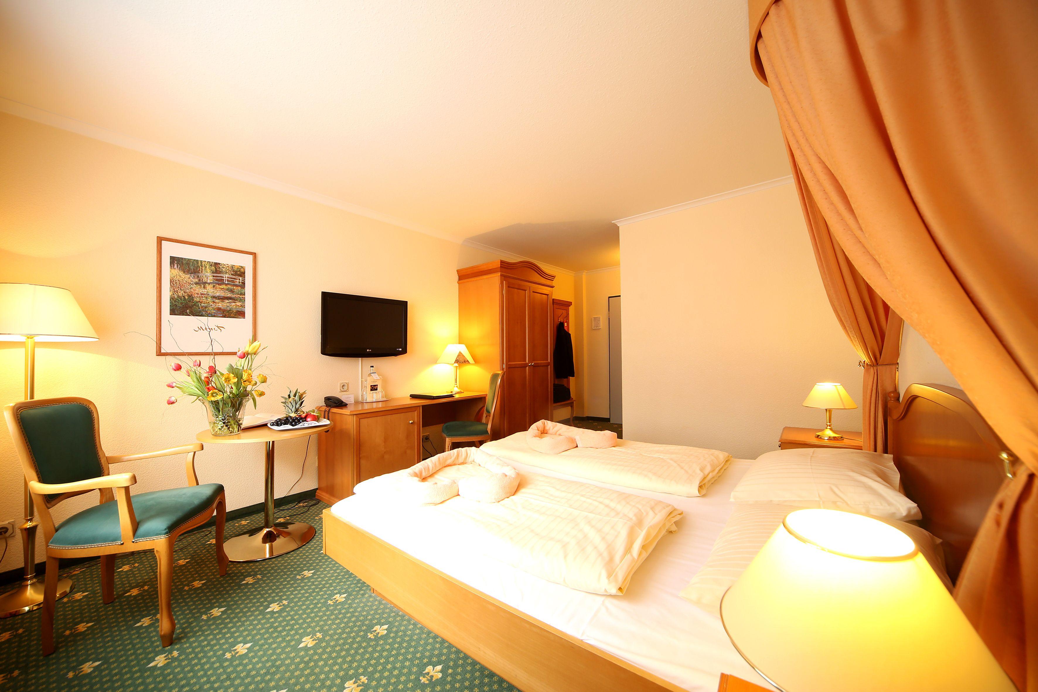 Romantisch Schlafen Im Trihotel Am Schweizer Wald Zimmer Schlafen