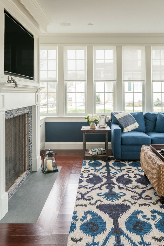 blaues sofa teppich stilvoll floral kamin | Möbel - Designer Möbel ...