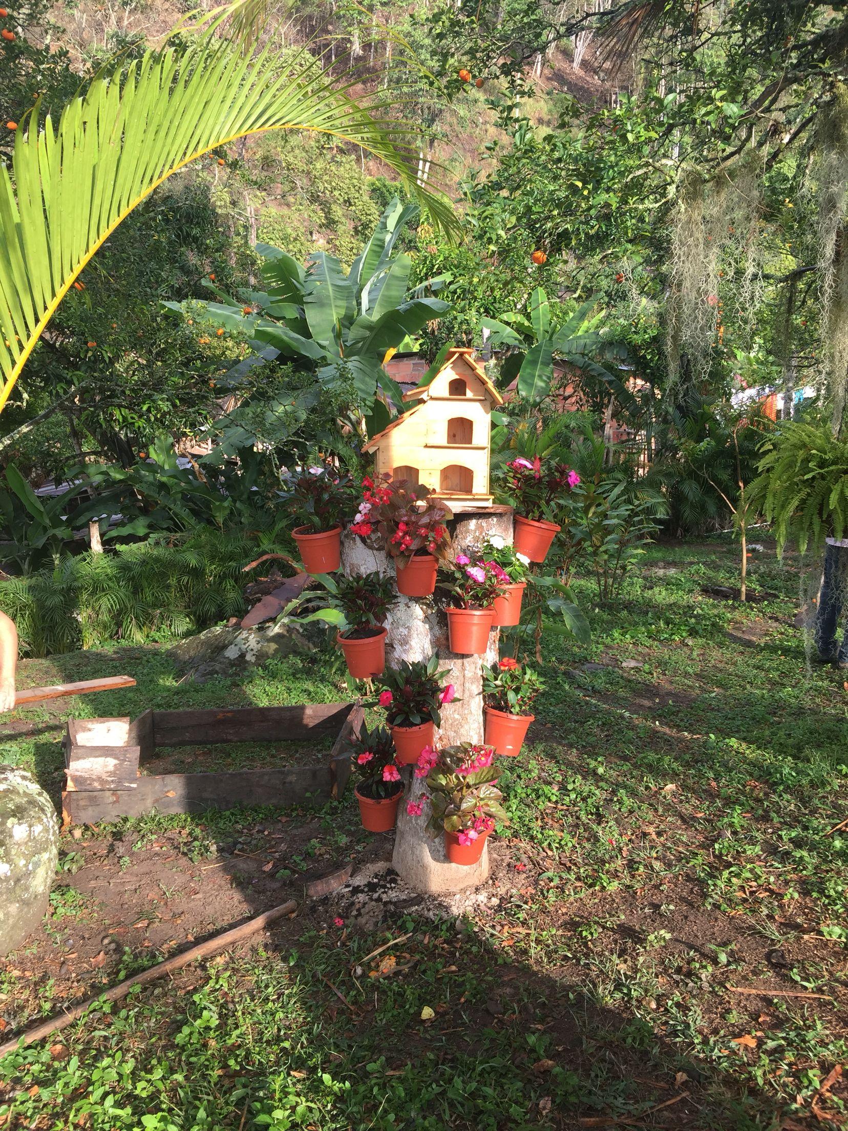 Troncos de arboles decorativos latest muy original - Arboles decorativos jardin ...