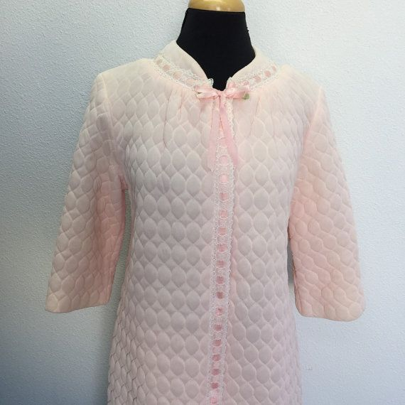 Pink Quilted Robe Vintage Above the Knee Length Dressing Gown Lined ...