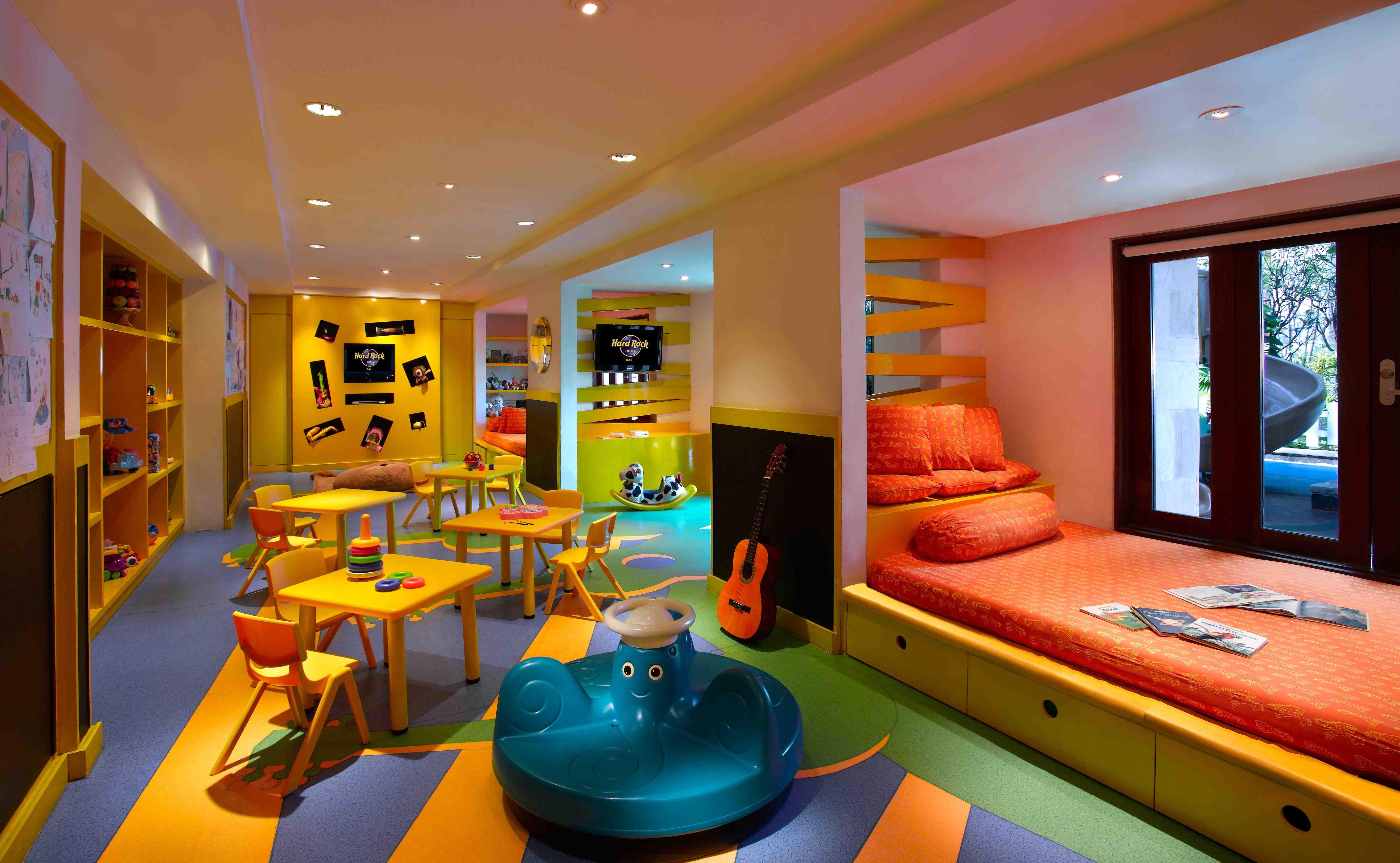 Lil Rock Kids Club At Hard Rock Hotel Bali Con Imagenes Diseno De Guarderia Dormitorios Recamaras Dormitorios