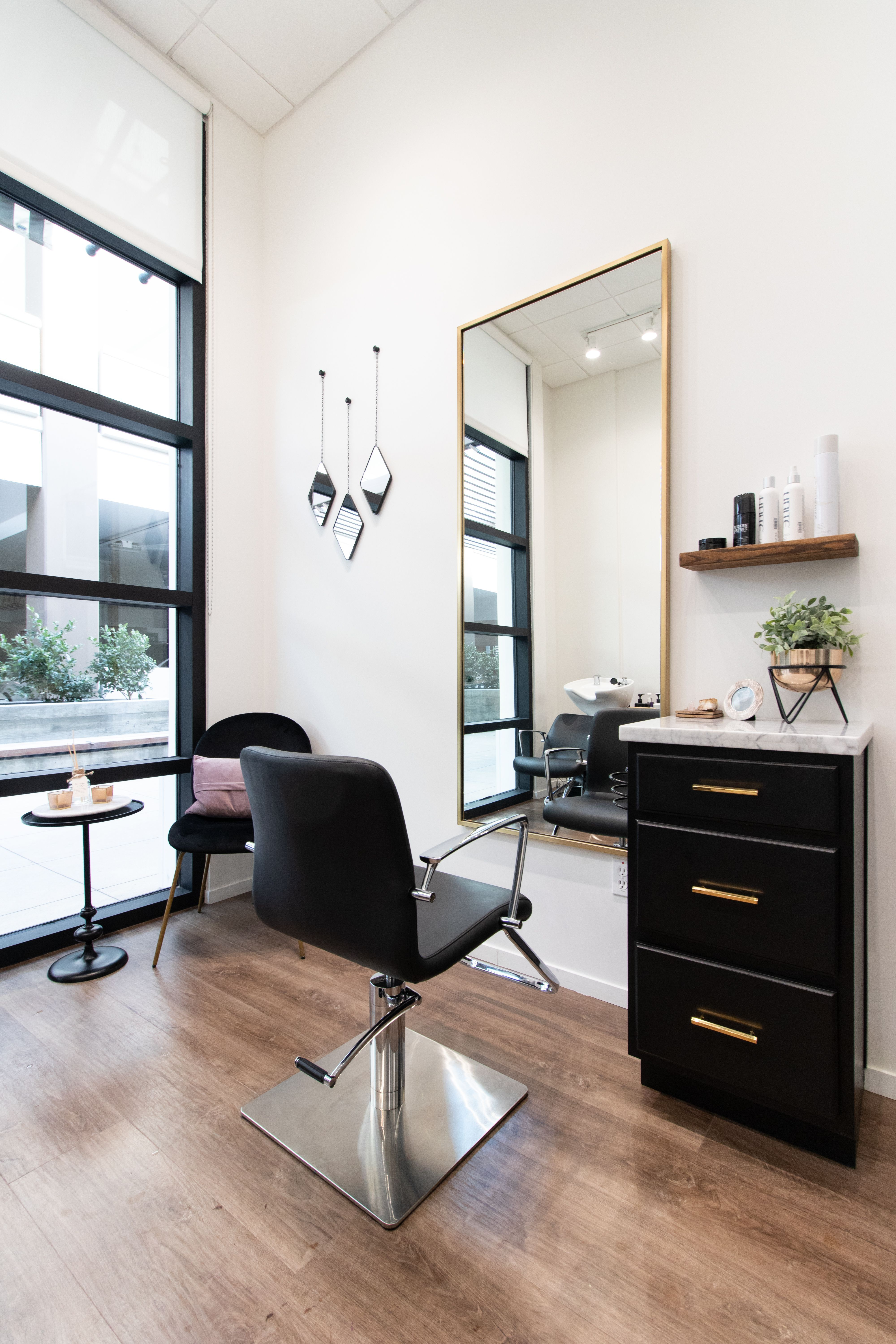 Salon Republic Studio The Village Woodland Hills Kbstylist In 2020 Salon Suites Decor Home Beauty Salon Home Hair Salons,Front Hand Full Hand Easy Simple Mehndi Designs For Kids