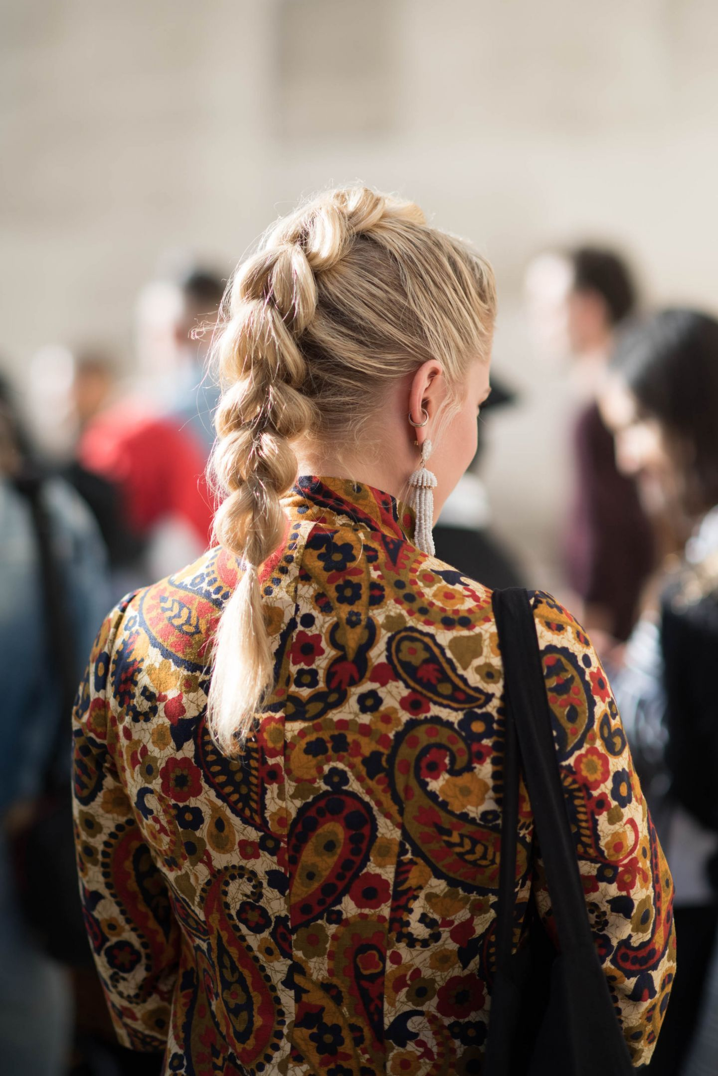 The Coolest Hair Trends Coming Out Of London Street Style Fashion Week Hair Street Hairstyle Hair Trends