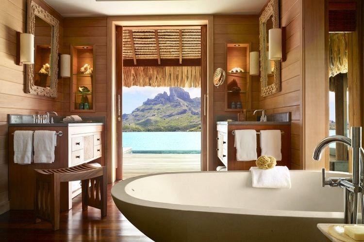 Four Seasons Resort Bora Bora, Polynésie française : Hôtels de luxe : les plus belles salles de bain - Linternaute