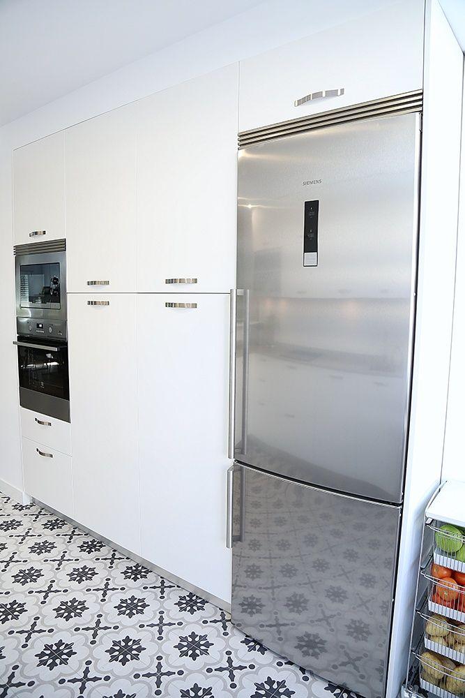 Diseño de cocinas en Cocina abierta al salón mediante barra de ...
