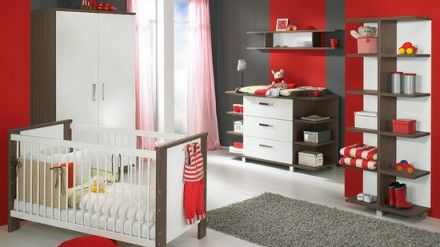 Red Themes Decoration with Modern Furniture