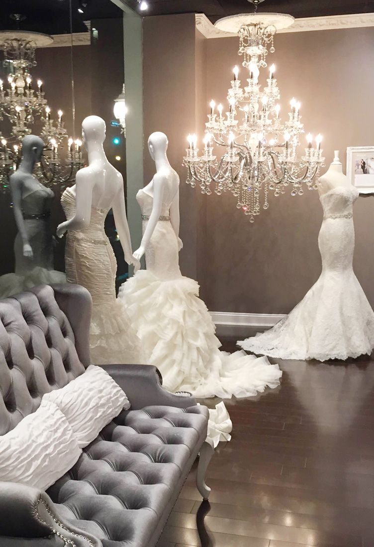 Gorgeous Bridal Boutique Interior! A stunning dressing room to make ...