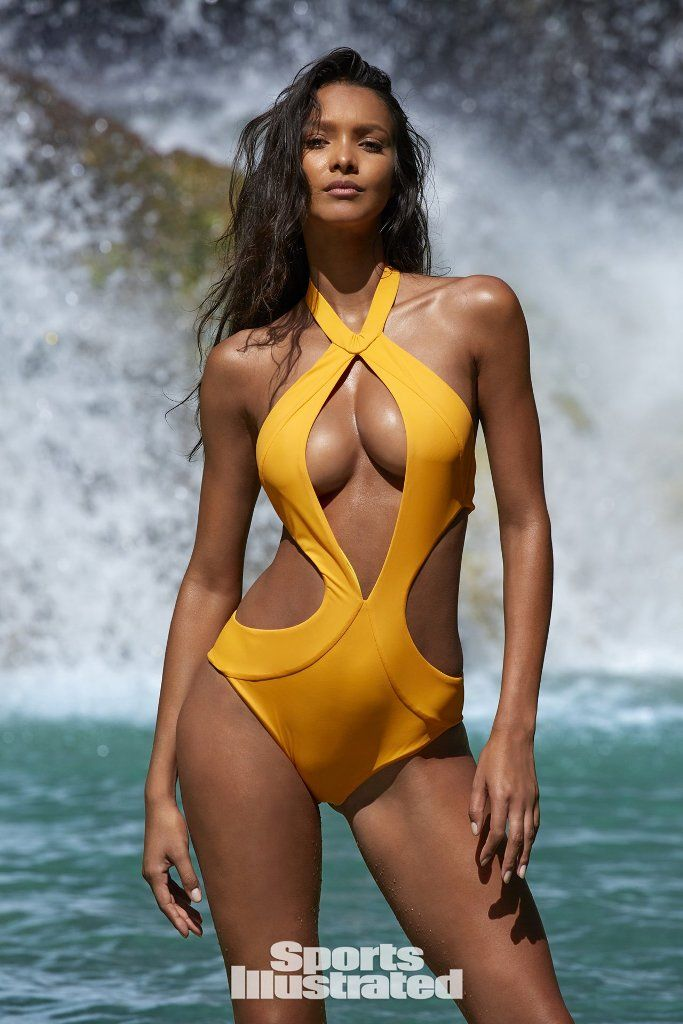 Lais Ribeiro makes her debut appearance in Sports Illustrated ... 00af990938
