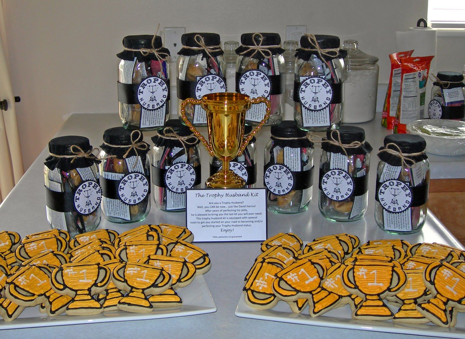 Trophy husband 30th birthday party awesome ideas for 30th anniversary party decoration ideas