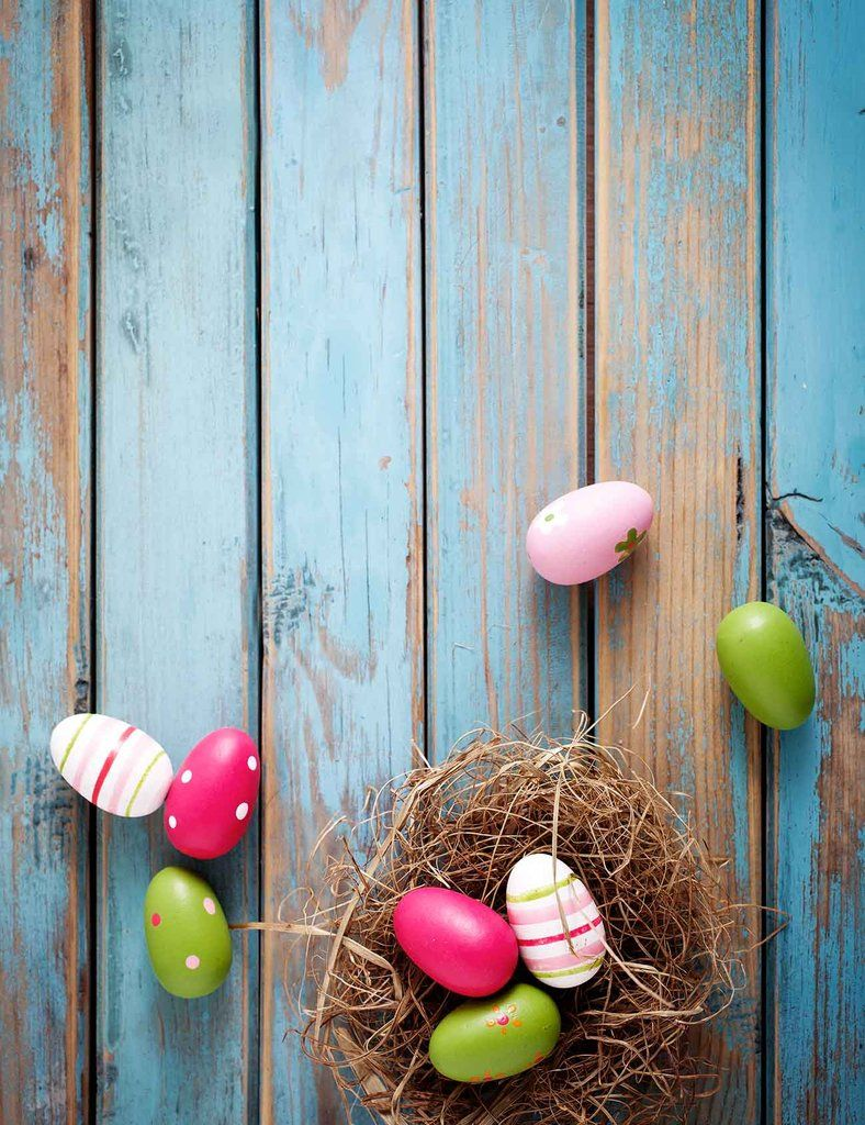 Colorful Easter Eggs On The Blue Wood Floor Backdrop Easter Wallpaper Easter Colors Coloring Easter Eggs