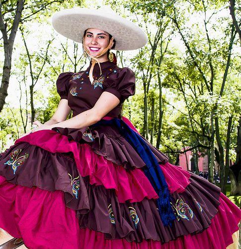 Escaramuza Charra En 2019 Vestidos Escaramuza Vestidos De
